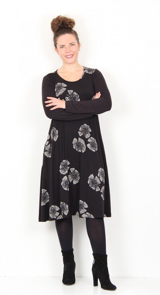 Capri Clothing Flared Dress Mosaic Print Black