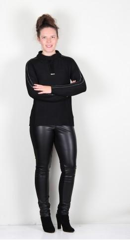 Icona Funnel Neck Pullover Black