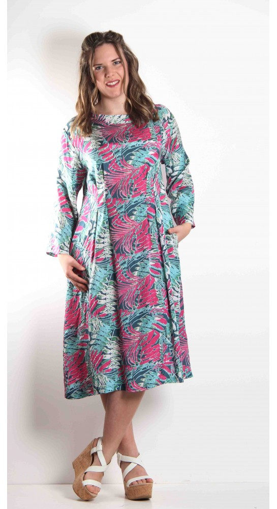 Masai Clothing Nulla Dress Forest