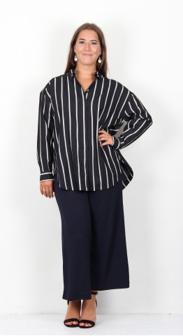 Masai Clothing Inessa Blouse Navy