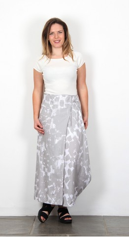 Oska Clothing Yori 901 Skirt Limestone