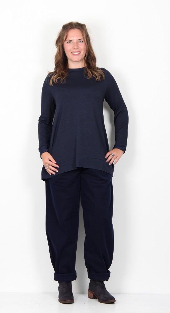 Oska Clothing Mariba Shirt 916 Ink