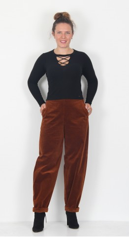 Oska Clothing Trousers Lepelo 025 Rooibos