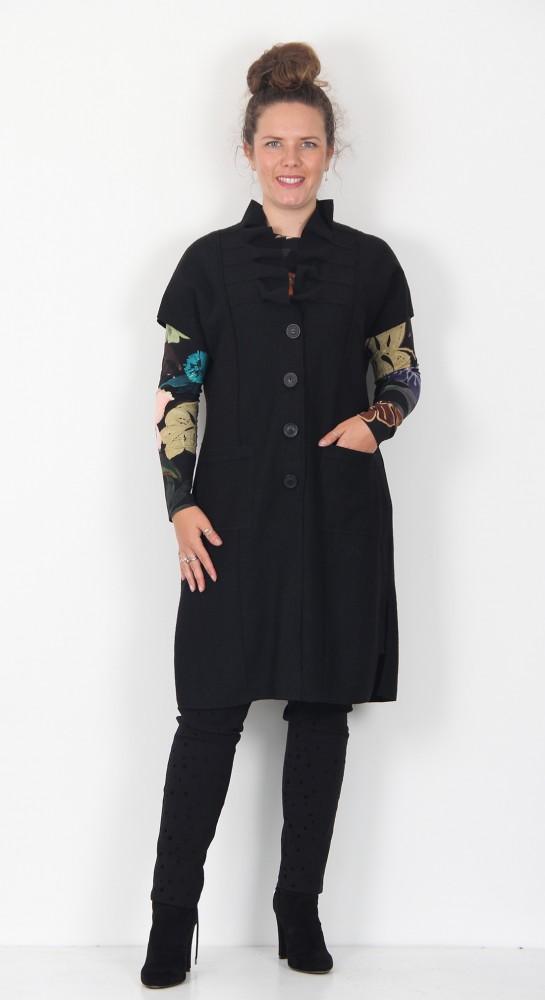 Q-Neel Boiled Wool Waistcoat Black
