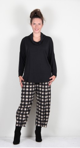 Q-Neel Cowl Neck Relaxed Top Black
