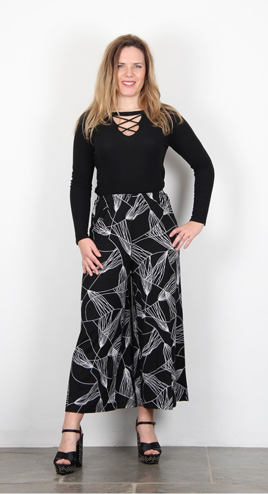 Sahara Clothing Abstract Line Jersey Trouser