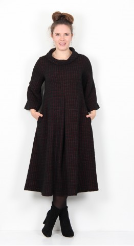 Sahara Clothing Graphic Boucle Jersey Dress Black Fushia