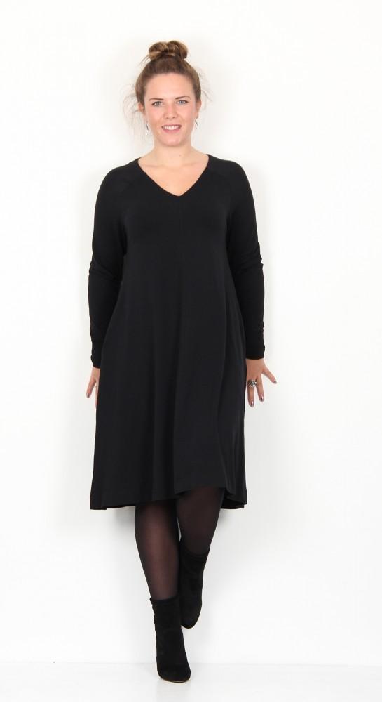 Two Danes Brit V Neck Dress Black