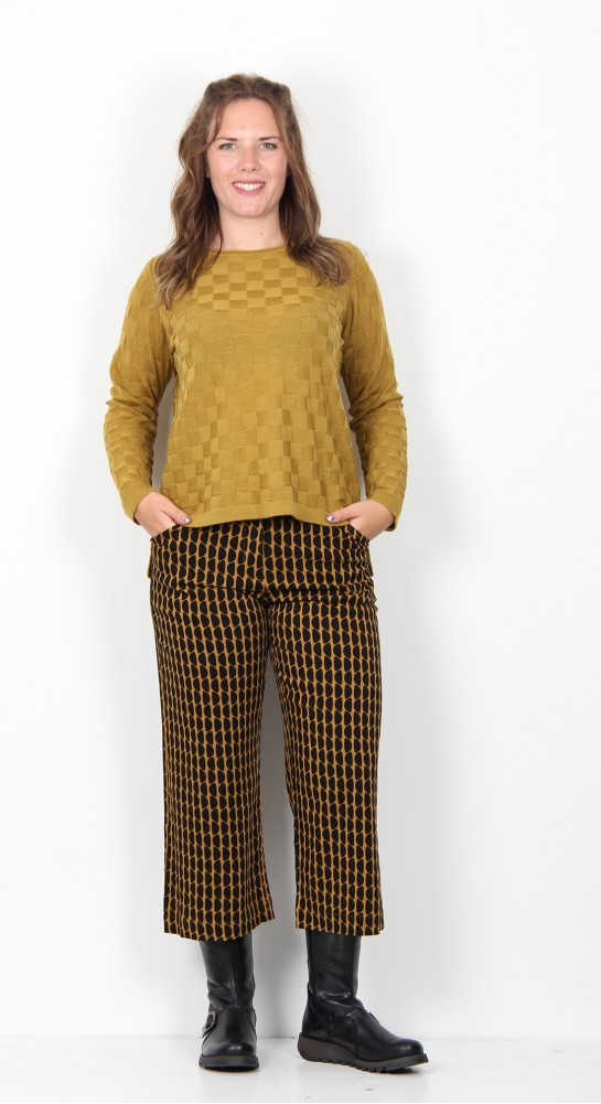 Two Danes Millie Textured Check Knit Curry