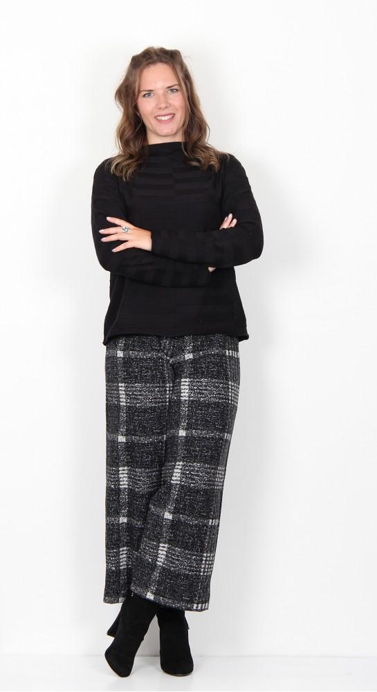 Vetono Short Self  Striped Pullover Black