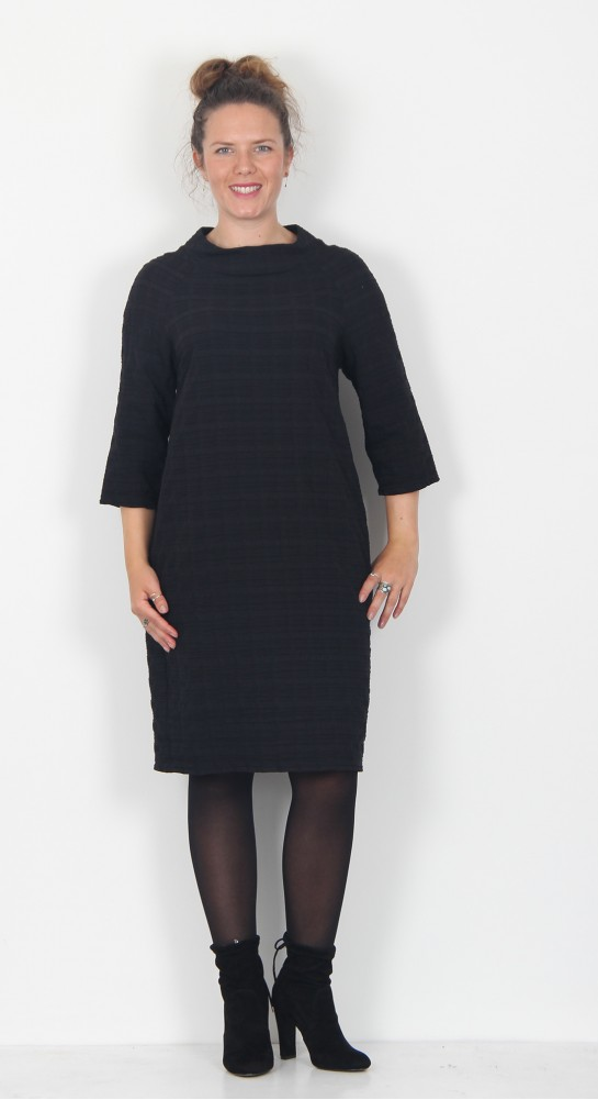 Vetono Textured Stripe Dress Black