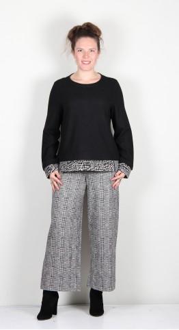 Vetono Contrast Hem Fleece Knit Patched