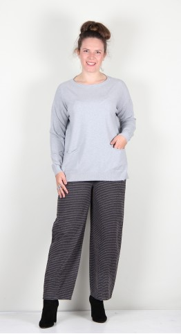 Yellow Label Rolled Edge Knit Light Grey