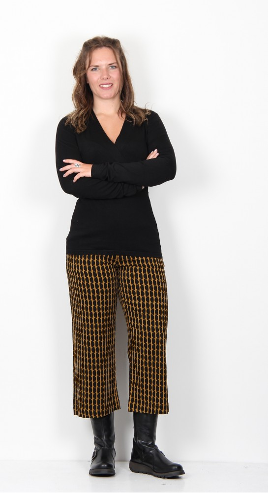 Zilch Clothing Cross Over Sweater Black